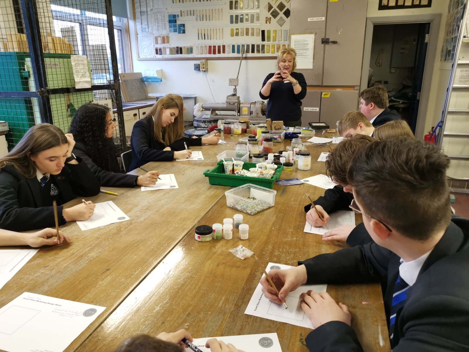 Glass artists workshop1